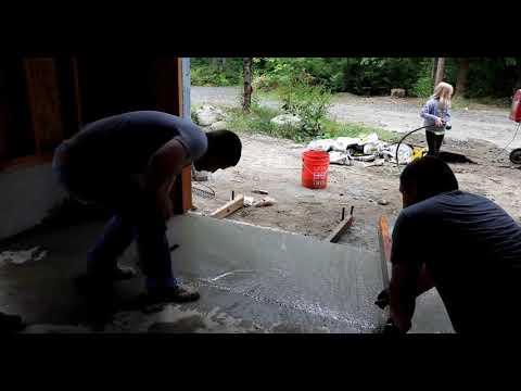 Jak wylać betonową podłogę? Posadzka betonowa krok po kroku.