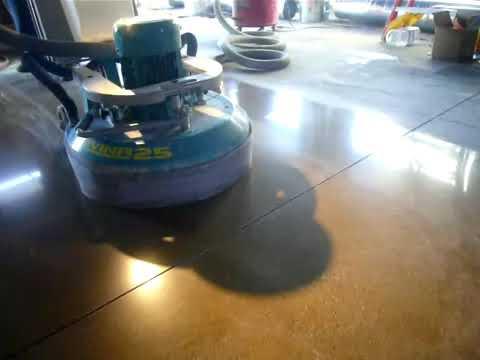 Polerowanie betonu a odporność na ścieranie